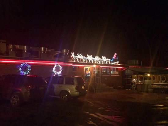Lodi, WI: Santa ready to roll atop Fitz's