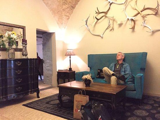 Hotel Herrnschloesschen: The lovely check-in area.