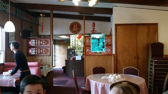 Independence, OR: Lunch at Happy Dragon