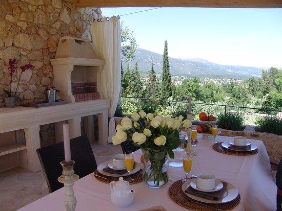 Villa Menuse Photo