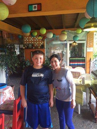 Antojitos Mexicanos: Friendliest Service