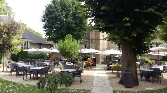 Terrasse d 39 t photo de hostellerie de la porte bellon - Hostellerie de la porte bellon senlis france ...