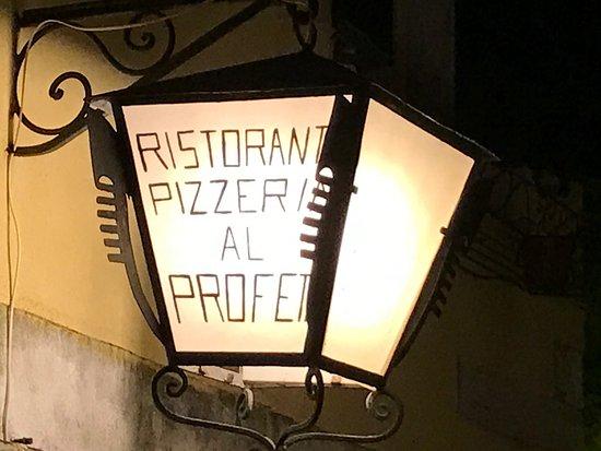 Pizzeria Ristorante Al Profeta : Charming restaurant in Dorsoduro