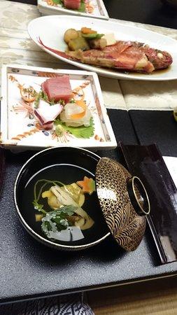 Saryo Sunano Sumika: お刺身&松茸のお吸い物