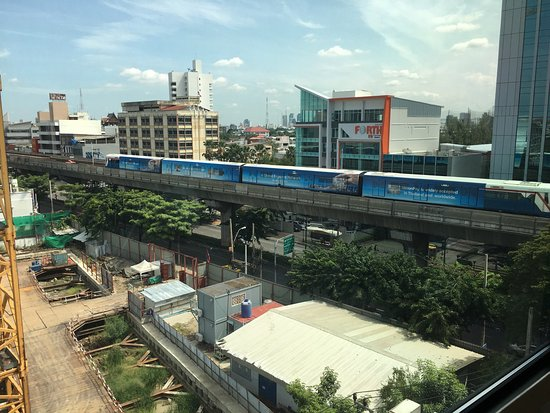 Vic3 Bangkok: photo3.jpg