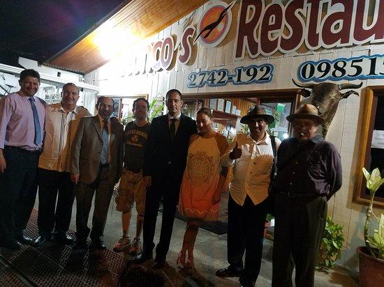 Sucua, Ecuador: EXCELENTÍSIMO ALISALEM SIDI ZEIN EMBAJADOR DE REPÚBLICA ÁRABE SÁHARAVI DEMOCRÁTICA Y EL DOCTOR E