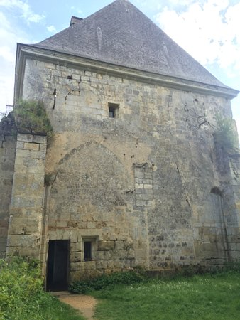 Saint Paterne Racan, Prancis: Another entry to the building