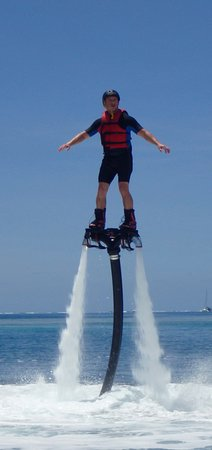 Vaiare, French Polynesia: initiation flyboard