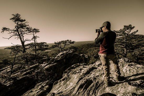 Hanging rock foto hanging rock state park danbury for Cabine sospese di rock state park nc
