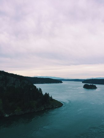 Oak Harbor, WA: Views from the bridge