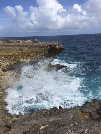 Washington-Slagbaai National Park, Bonaire: Blow hole in Washinton Slagbaai
