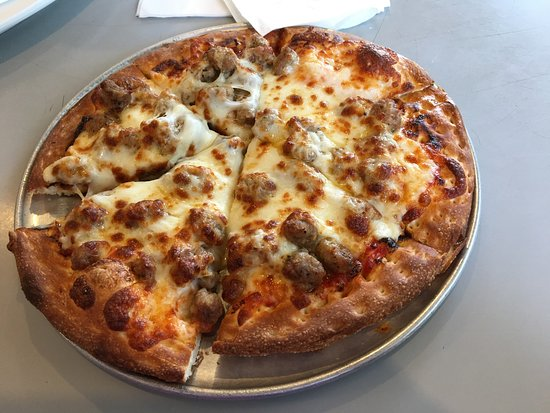 J J's Pizza : photo0.jpg