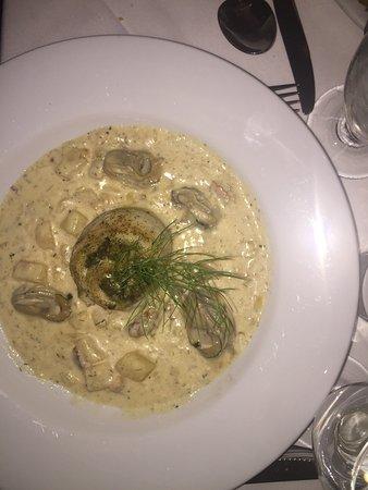 Brigtsen's Restaurant: stuffed flounder