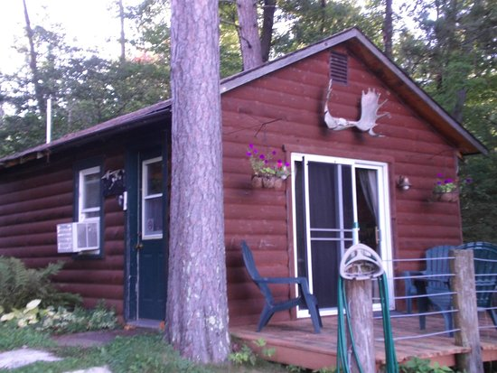 A Wilderness Haven Resort: Loon's Nest Cabin