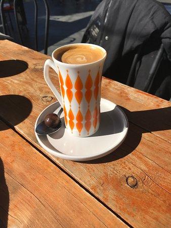 Cootamundra, Australia: A classic picollo in a delightful cup