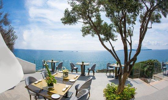 Terrazza panoramica (Procida & Ischia) - Picture of Caracol Gourmet ...