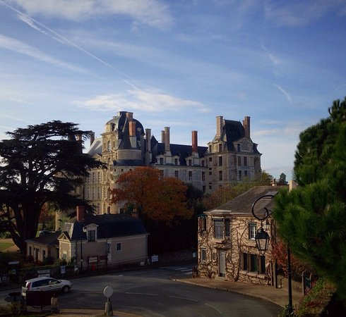 Brissac-Quince, Prancis: photo0.jpg