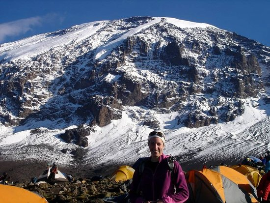Kilimanjaro Region, Tanzanie : I can not find enough words to describe the glory of this mountain, but I hope that one day you