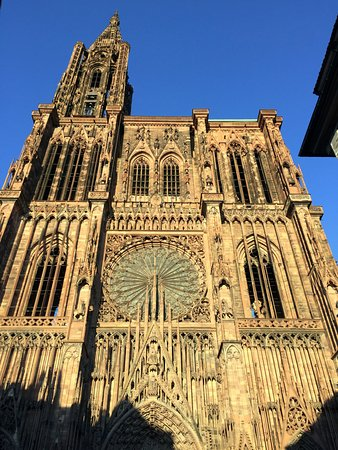 Strasbourg cathedral picture of cathedrale notre dame de for K architecture strasbourg