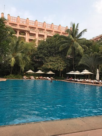 The Leela Palace Bengaluru: photo0.jpg