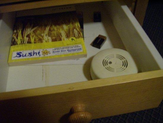 Valemount, Canada: smoke detector in desk drawer
