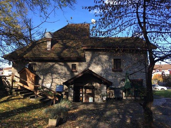 Le moulin thonon les bains 13 avenue saint fran ois de - Camping thonon les bains avec piscine ...