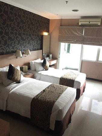 Galeri Ciumbuleuit Hotel & Apartment: photo1.jpg