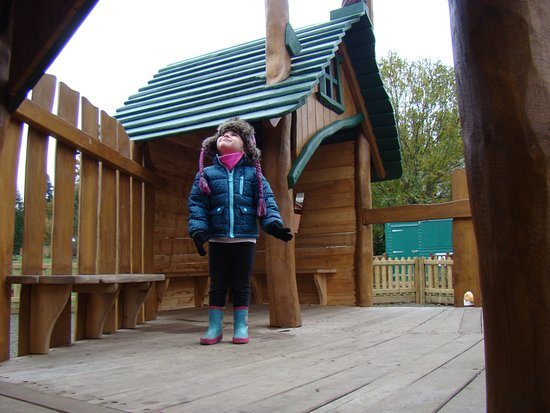 Parkend, UK: In the outdoor play area