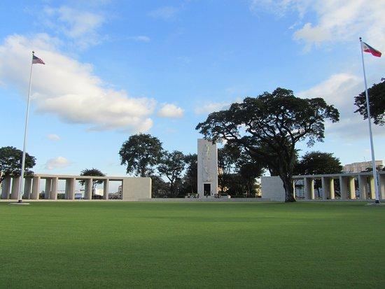 Amerikanischer Soldatenfriedhof in Manila (228202336)