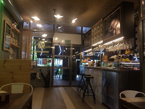 Restaurante restaurante la rebotika en san sebasti n con - Cocinas san sebastian ...