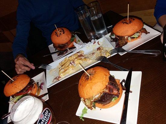 Restaurante burger arizona en albacete con cocina comida - Cocinas en albacete ...