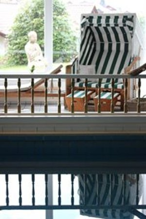 Schwimmbad Pool Ruheraum Entspannen Wellness Picture Of Almhotel