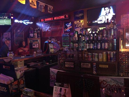 Sharks Sports Bar Panama City Restaurant Reviews Photos Phone Number Tripadvisor