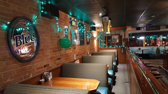 Tillsonburg, Canada: Turtlefest Decor North and Front Booths