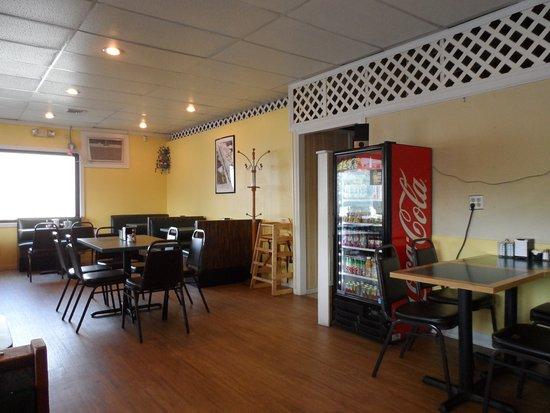 Harwinton, CT: simple decor