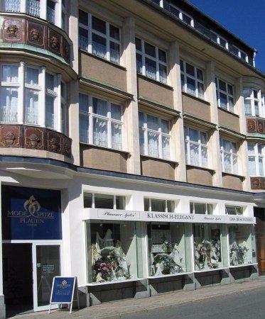 Modespitze Plauen - Plauener Spitze: Das Geschäftshaus in der Annenstraße 9 in Plauen