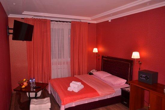Char Hotel