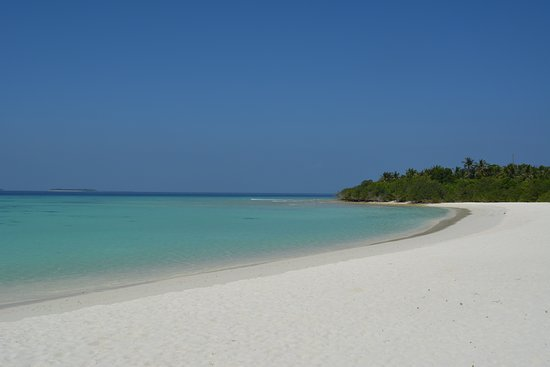 The most luxury hotel in Maldives with a sensible price.