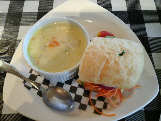 Grand Narrows, Canada: Veggie sandwich  & can't remember the name the of soup, but it was good !