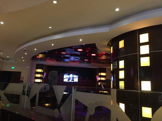 Hotel Ticuan: Lobby bar