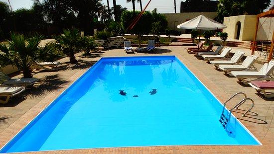 Hotel Sheherazade: Hermosa piscina!