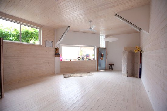 Yam yoga studio