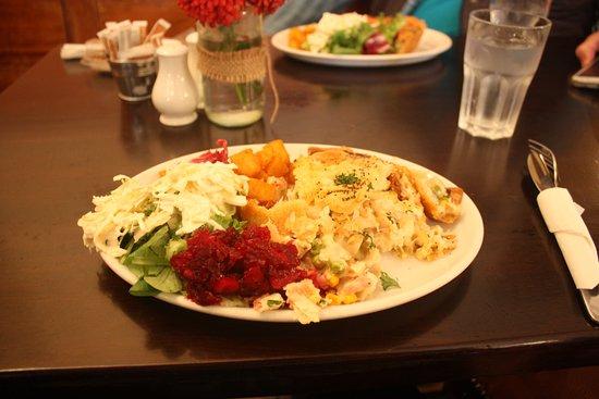 Lisnaskea, UK: Chicken pie with beet salad, greens, coleslaw & potatoes.