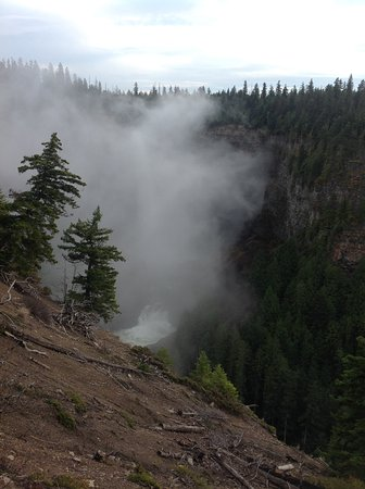 Helmcken Falls: Inhaling