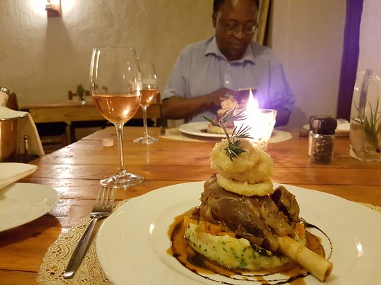 Drostdy Museum: Lamb Shank to die for!