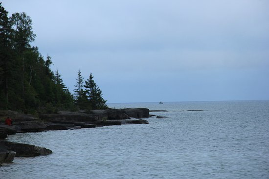 The far east end of Providence Bay - beautiful rocky shore