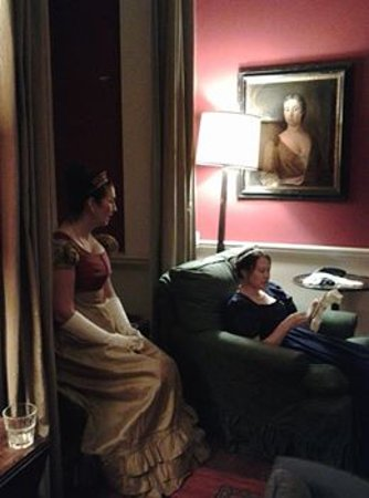 Ochiltree, UK: Ladies in their drawing room