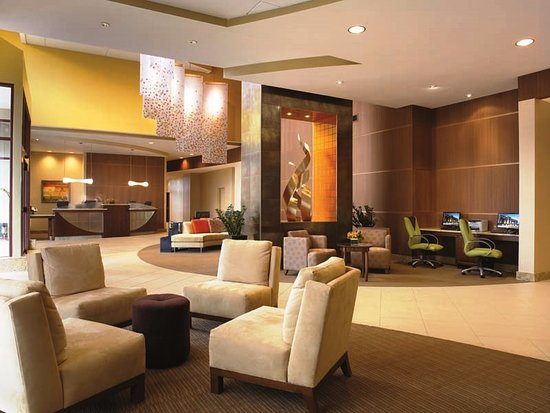 Innovation: Crowne Plaza Lobby