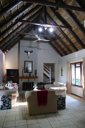 Saint Francis Bay, Sør-Afrika: lounge area for all guests in the main building