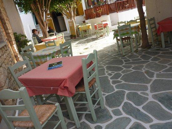 To Spitiko: ein netter Platz zum Essen in Folegandros Chora